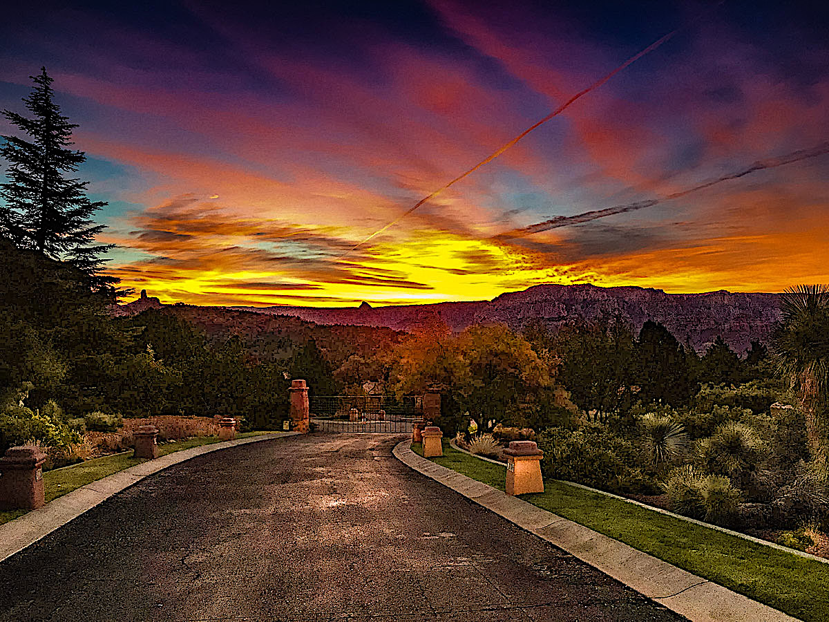 Magic Time Sedona Sunrise Sheri Sperry Coldwell Banker top sedona real estate agent